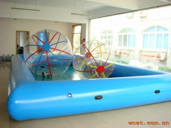 Heureux gonflable piscineHeureux gonflable piscine