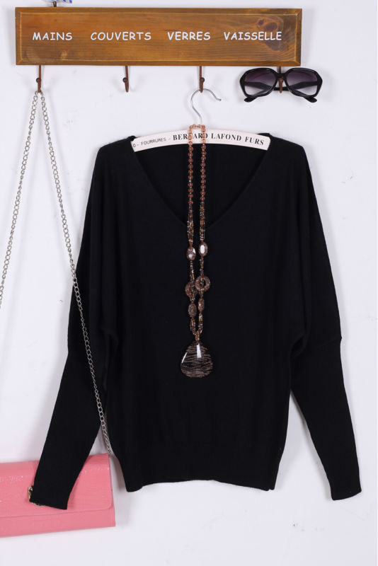 knitted women pullovers v neck batwing long sleeve