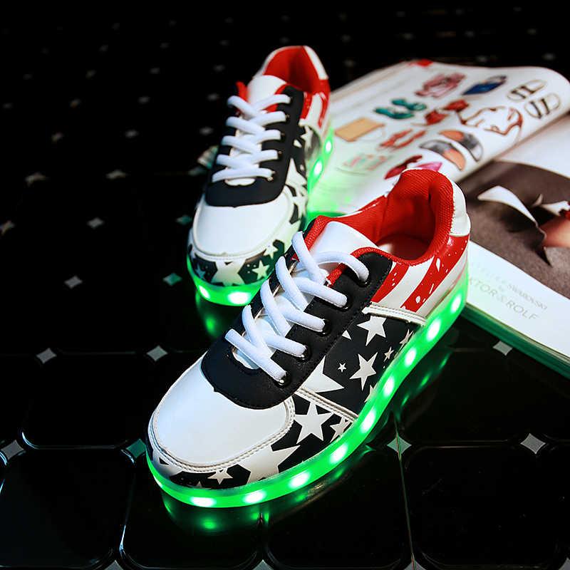 7 ipupas d eep b lue Ledรองเท้าเด็กสบายๆที่มีสีสันledส่องสว่างรองเท้ากับlight upชาร์จผ่านusb lightedเรืองรองเท้าผ้าใบสำหรับเด็กสาว