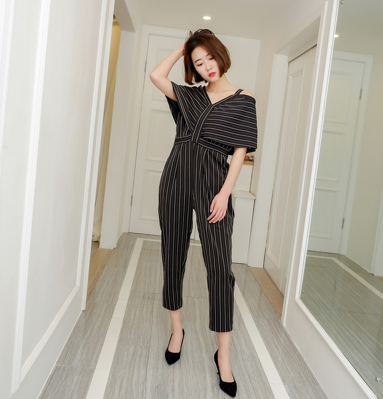 Women Jumpsuit Striped Off The Shoulder Ruffles Sling Rompers Womens Jumpsuit Loose High Waist Summer Woman Overalls 2018 New 2