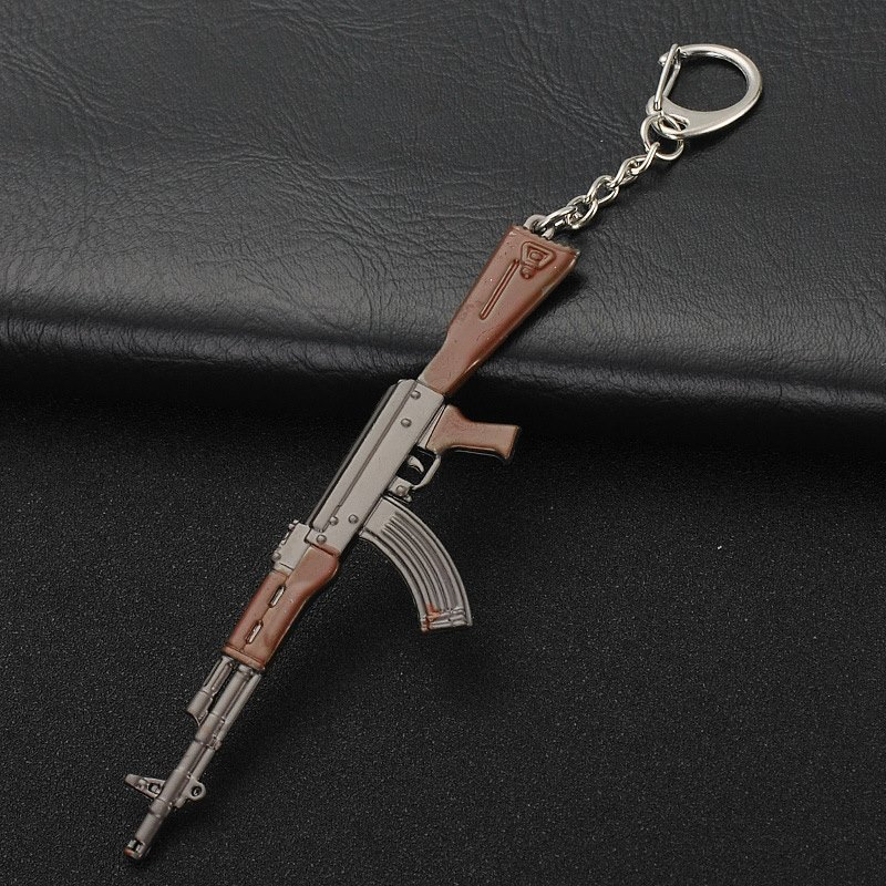 Fashion Game Keychain AK47 Submachine Gun VSS Sniper Rifle M416 Bullet Pendant Men's Key Chain Best Souvenir Gift Alloy Key Ring
