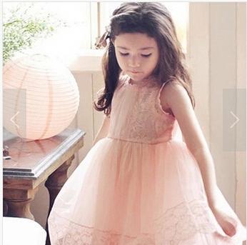 Gorąca wyprzedaż! Z paskami 2016 letnie nowe modele dzieci koronkowa bluzka sukienka księżniczka 3t-10 lat małe dziewczynki ubrania tanie i dobre opinie Dziewczyny Powyżej kolana Mini Suknia balowa Crew neck Bez rękawów Przycisk Floral REGULAR Europejskich i amerykańskich style