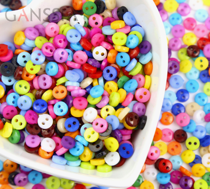 600Pcs//lot 6mm Round Resin Mini Tiny Buttons Sewing Tools Decorative Button Scrapbooking Garment DIY Apparel Accessories