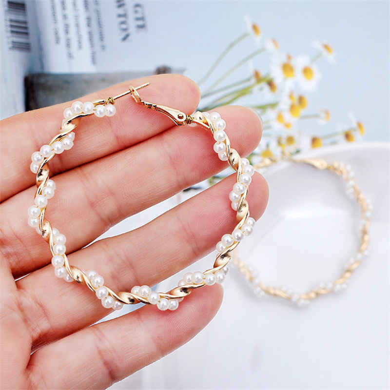 E441 New Fashion Classic Metal Round Women Hoop Earrings Korean Personality Simple Circle Pearl Earrings For Female Jewerly