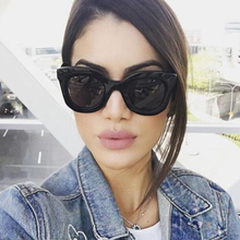 FEISHINI Star Contracted Style White Glasses Cat eye Womens Sunglasses Female UV Plastic Fashion Brand Sunglass ladies Vintage