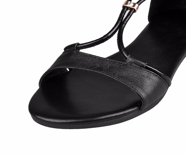 S.Romance Genuine Leather 2016 Women Flat Sandals Plus Size 34-43 Fashion Casual Solid Buckle Strap Woman Shoes Beige SS603