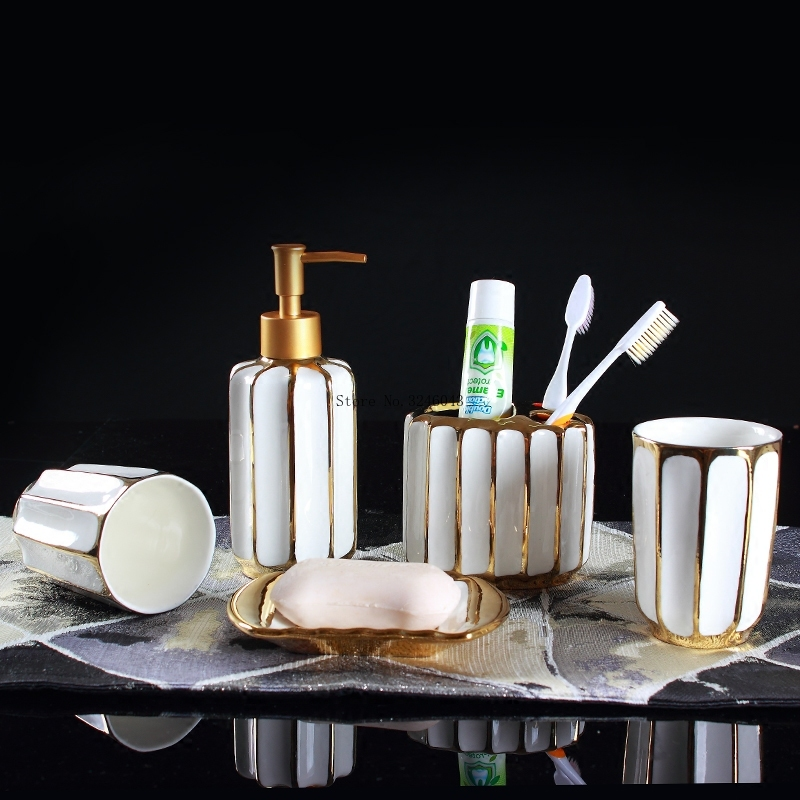 European electroplating ceramic wash bathroom set lotion bottle mouth toothbrush holder soap dish set bathroom luxury