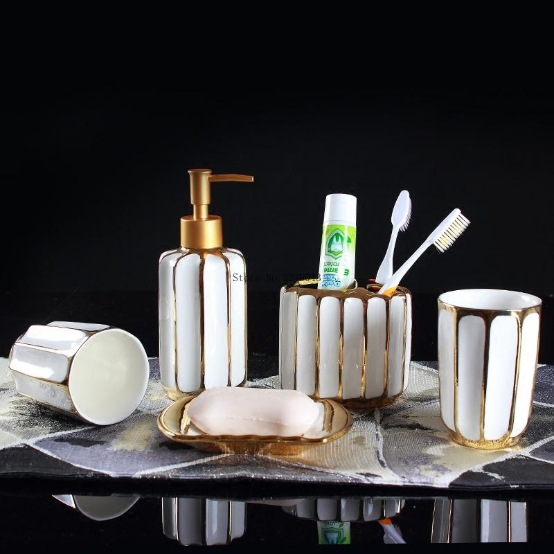 Ensemble de salle de bain en céramique | Galvanoplastie européenne ensemble de salle de bain, lotion bouteille bouche-brosse à dents, ensemble de vaisselle à savon, salle de bain, costume de lavage de luxe