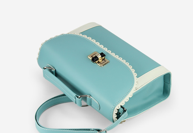 Spring 2013 new tide female bag personality sweet lady bag patent leather saddle ancient ways free shipping