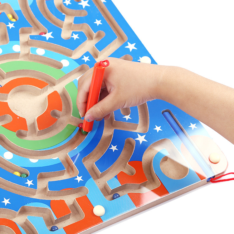Montessori Wooden Puzzle Magnetic Maze Toys Two Players Educational Family Parenting Puzzle Funny Game Baby Kids Birthday Gifts