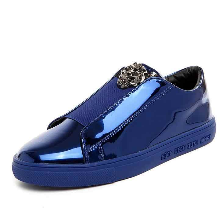Zapatos casuales de marca de lujo de la versión del diseñador de szsgcn zapatos de hombre deslizarse en los mocasines de Metal Sign Versa zapatos de hombre zapatos planos de hombre de charol