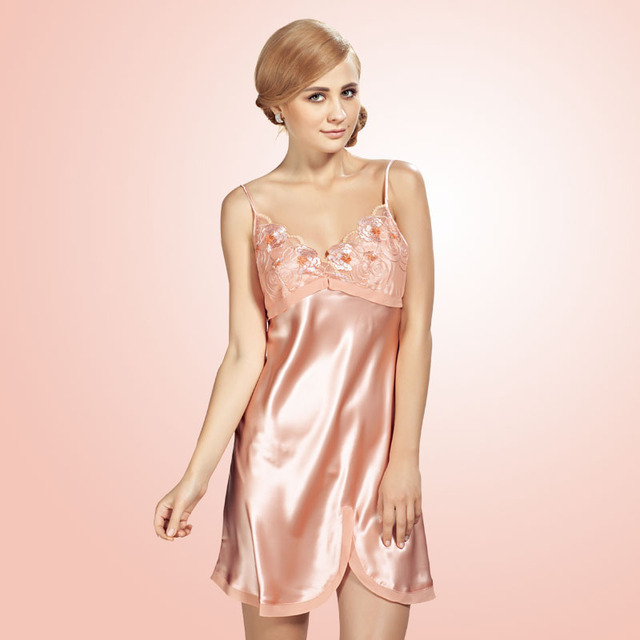 Women Sexy Suspender Nightdress Deep V Lace 100% Silk Sleepwear Nightgown European and American Sexy Lingerie