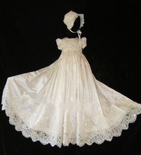 New Shiny White Ivory Baby Girls Baptism Gown Lace Beads Christening Dress Custom Made With Bonnet 2017