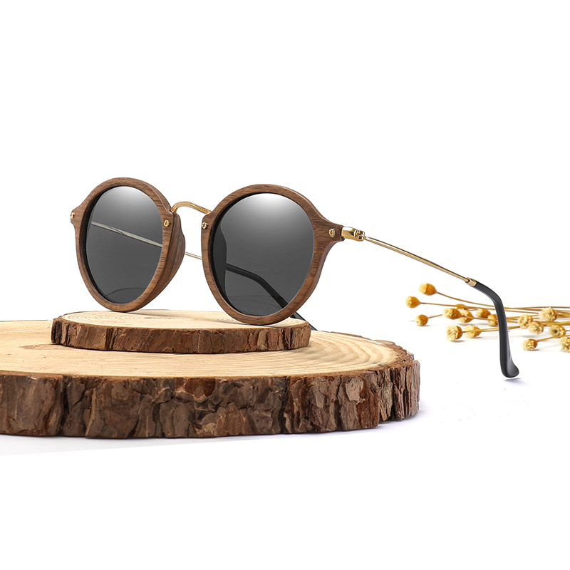 Ultralight Women Men Polarized Solglasögon Wooden Round Frame CR39 Lens