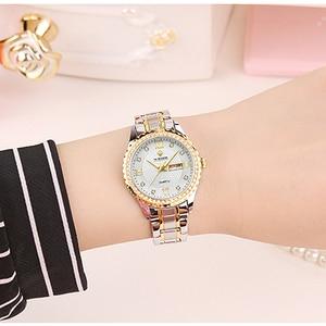 Image 4 - WWOOR 새로운 골드 여성 팔찌 시계 방수 숙녀 시계 스테인레스 스틸 캐주얼 드레스 여성 쿼츠 시계 여성 Reloj Mujer