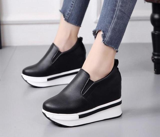 6eebda2a60c 2018 New Korean White shoes Women Increase Small yard Thick sole Shoes  Female Round Head Fashion Wedge Shoes Wild