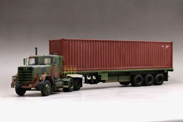 все цены на Military Assembly, 1/35 Model, M915 Tractor, /M872 Trailer, 40 Feet Container, 01015 онлайн