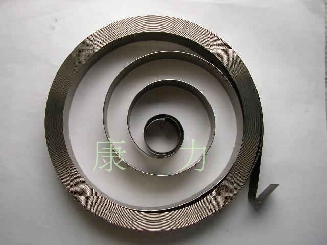 Fabrication de ressorts hélicoïdaux à force constante sur mesure pour équipement industriel 0.5 (T) x18 (W) x150 (OD) x12000 (L) mm