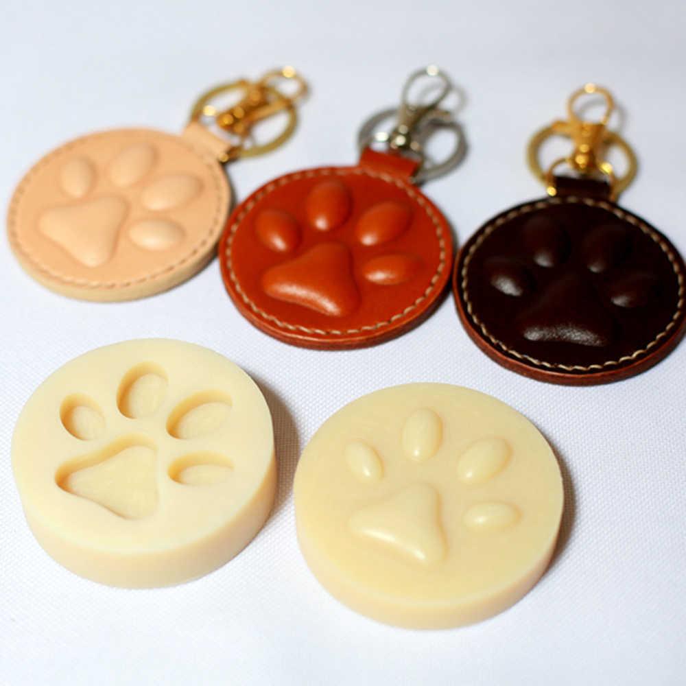 Deri el sanatları köpek kedi Paw anahtarlık DIY asılı dekorasyon şekli modelleme plastik kalıp kalıp kesme plastik kalıp seti 60mm