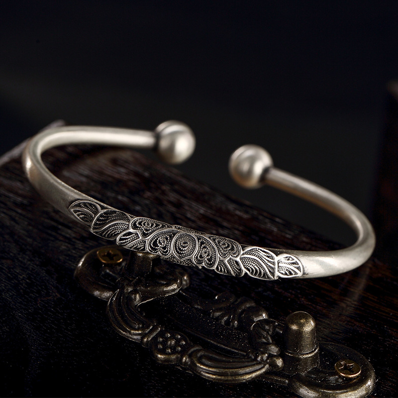 fine silver wire inlay peony silver restoring ancient ways is manually opening ms Thai silver bracelet wholesale agents fine silver sword manjusri bodhisattva wisdom multiplier silver ms thai silver antique male silver pendants wholesale