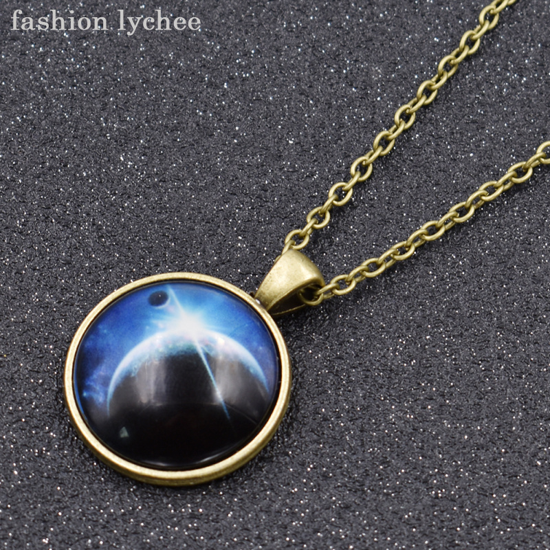 fashion lychee Unique Planet Galaxy Rainbow Glow In Dark Dazzling Colorful Cabochon Pendant Necklace For Men Women Jewelry