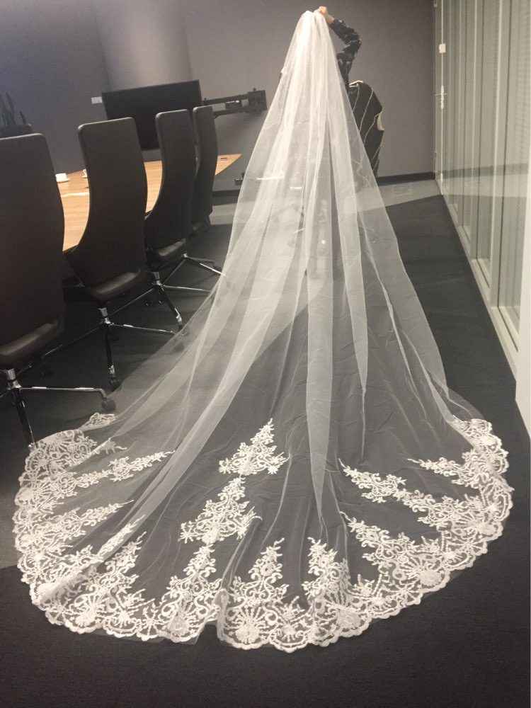 New 4 Meters One Layer Lace Tulle Long Wedding Veil New White Ivory 4 M Bridal Veil with Comb Velos De Novia 400CM 2