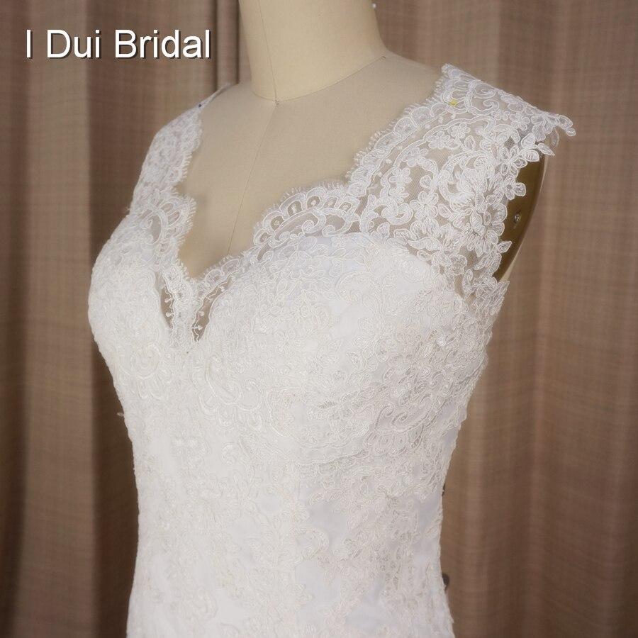V ausschnitt Spitze Appliqued Kundenspezifische Hochzeitskleid Luxus ...