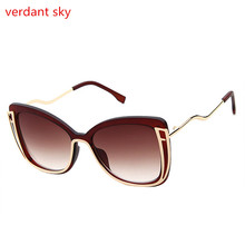 2017 New Metal Frame Cat Eye Women Sunglasses Female Sunglasses Famous Brand Designer Alloy Legs Glasses oculos de sol feminino