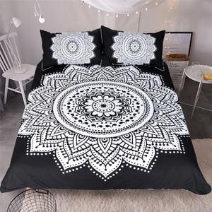 Image 1 - CAMMITEVER Schwarz Weiß Lotus Bettwäsche Set König Druckte Duvet Abdeckung Hause Textilien Mikrofaser Bettwäsche 3 Stück