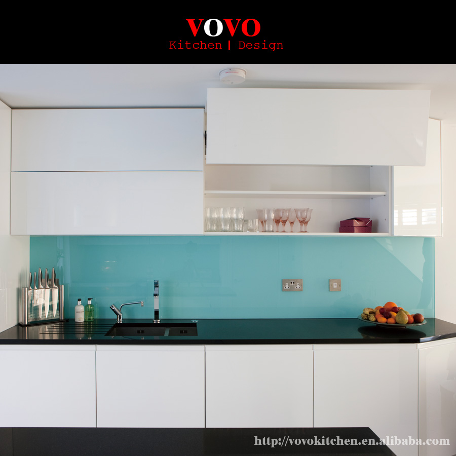 High gloss white uv painting kitchen cabinet with upper cabinets to be