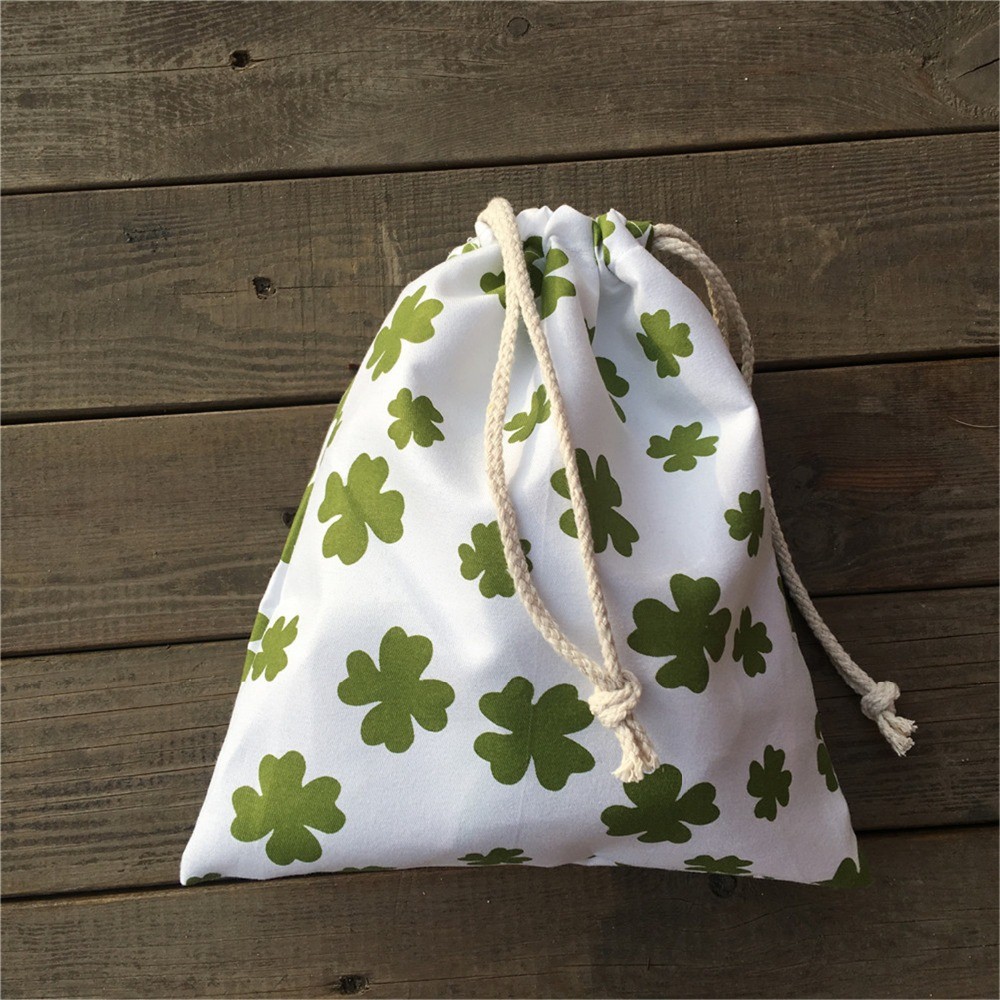 YILE 1pc Polyester Drawstring Pouch St Patrick Day Party Gift Bag Print Green Clover YL812a