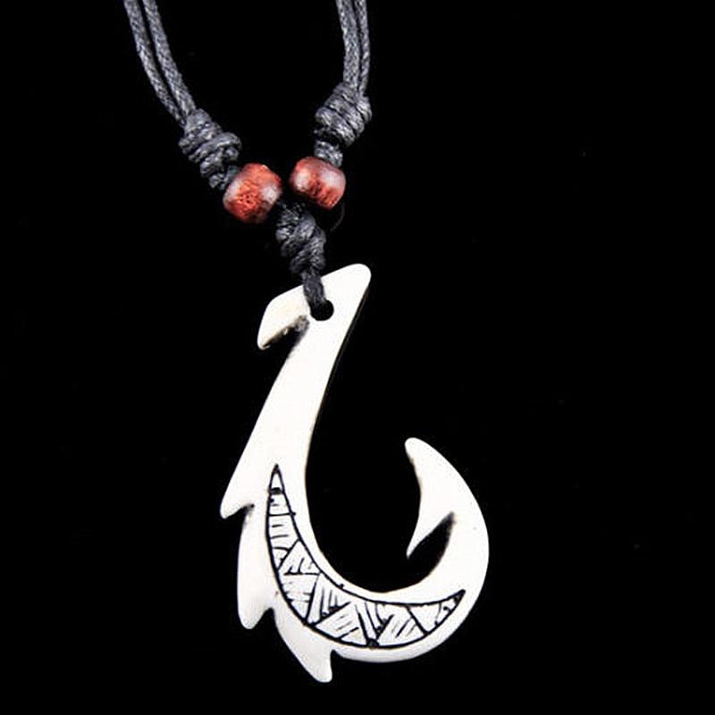 1PC Simulation Bone Carved Hawaiian Maori Fish Hook Handmade Pendant Necklace