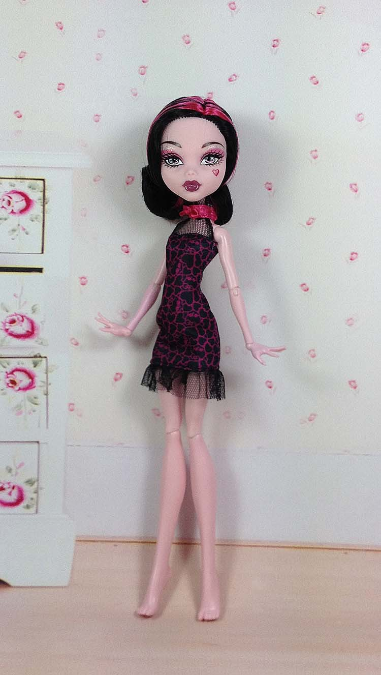 цена на Original monster inc dolls New Styles plastic toys Best gift without box Free shipping Moveable Joint Body