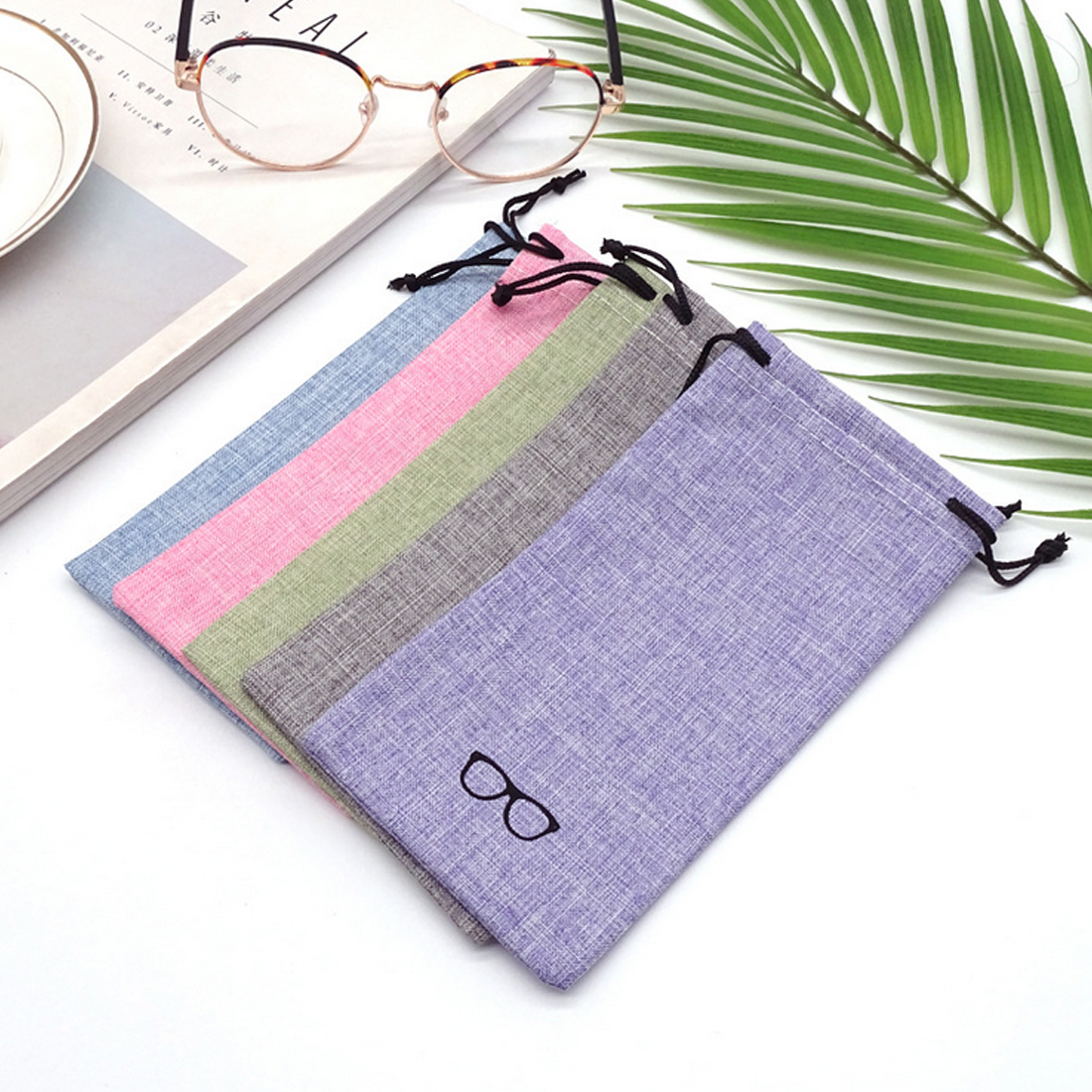 1pcs Lot Good Quality Portable Sunglasses Pouch for Eyewear Linen Fabric Smooth Surface Container Glasses Bag in Eyewear Accessories from Apparel Accessories