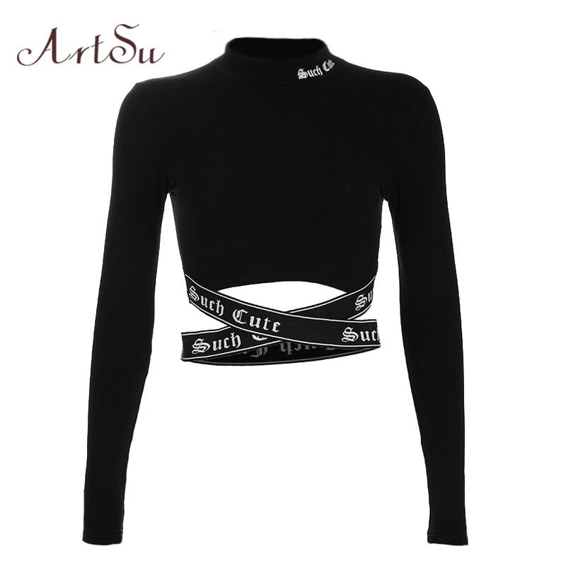 black long sleeve shirt crop