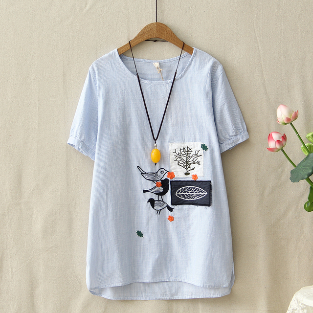 4e17615f672 US $14.99 25% OFF Cute Birds Graphic Embroidery Patch Designs Cotton Linen  T Shirt Ladies Short Sleeve Summer Tops Women Side Split Stripe T Shirt-in  ...