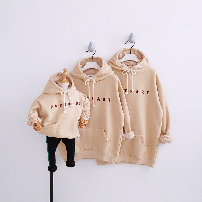 Mommy Daddy And Me Son Clothes Sweaters For Family Shirts Winter Fur Hoodies Boys Mother And Daughter Clothes Mom Son Outfits