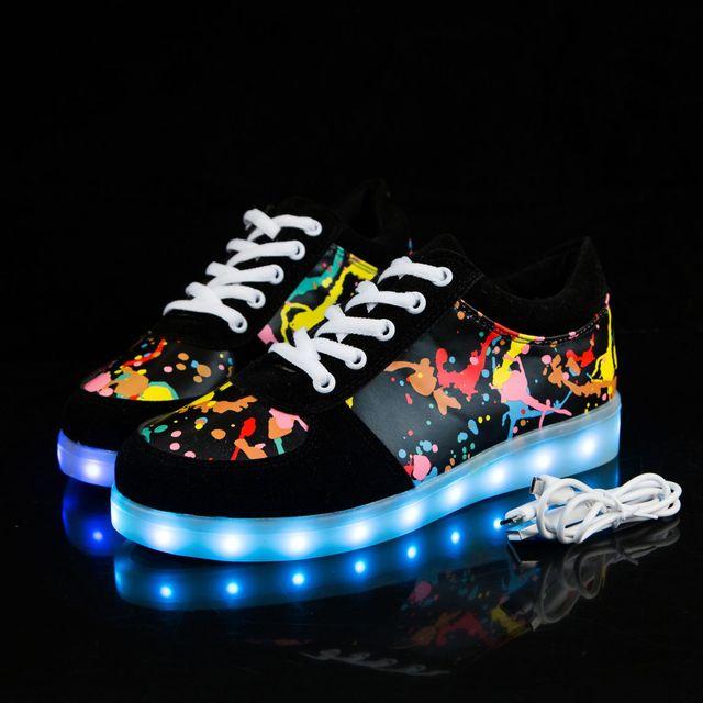 KRIATIV גודל 27-44 ילדים נעלי בנות בני Led נעלי סניקרס הזוהר אור עד ילדי Tenis Led כפכפים USB טעינה