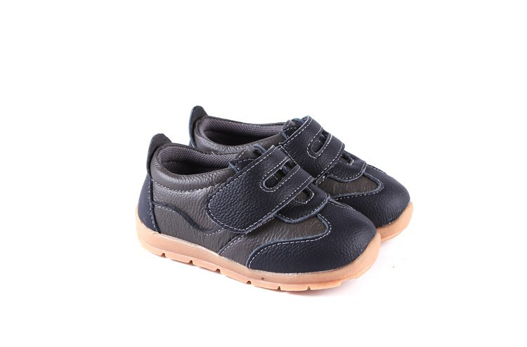 SandQ baby Boys sneakers soccers shoes girls sneakers Children leather shoes pink red black navy genuine leather flexible sole 23