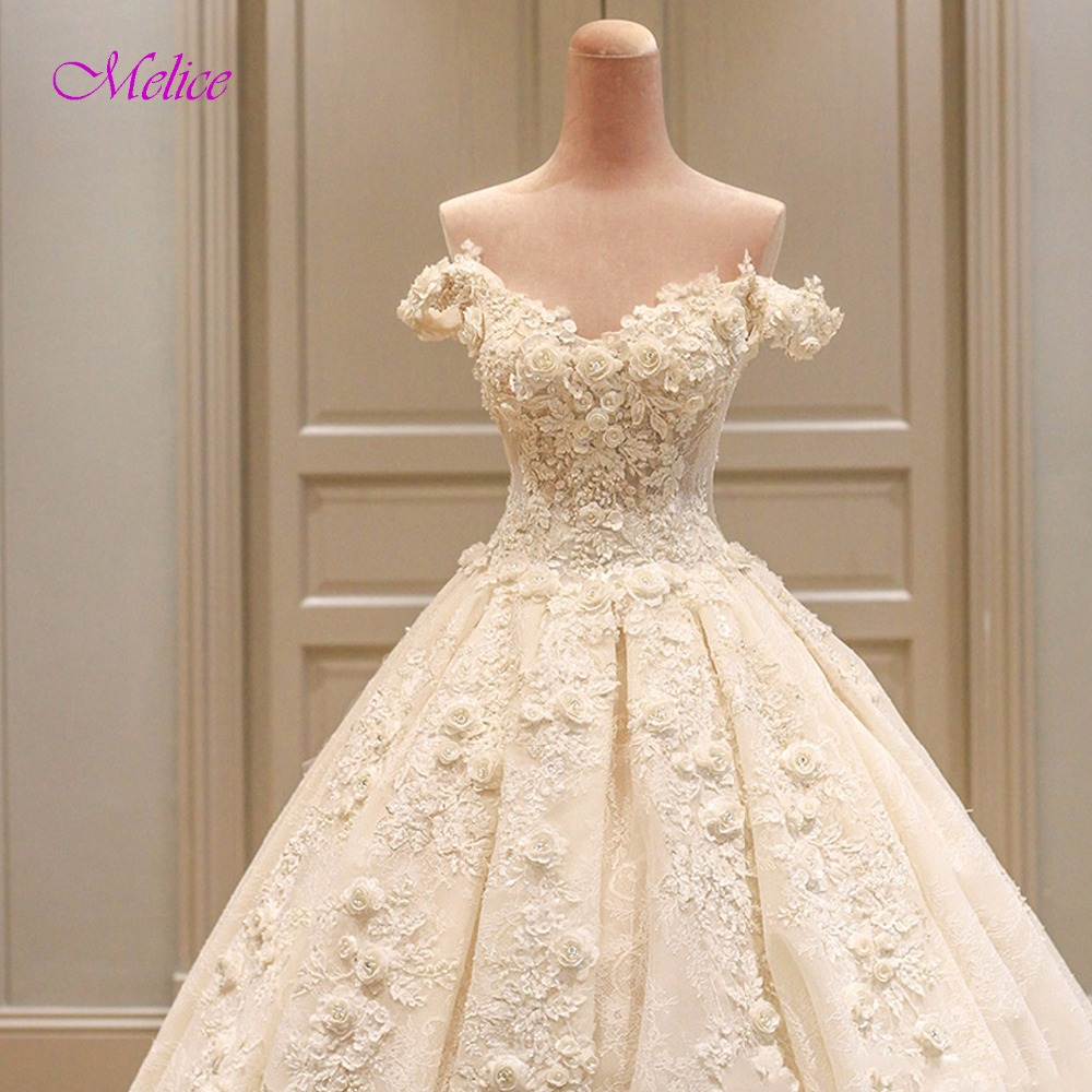 Classic Wedding Gowns 2018: Fmogl Gorgeous Appliques Lace Princess Wedding Dresses