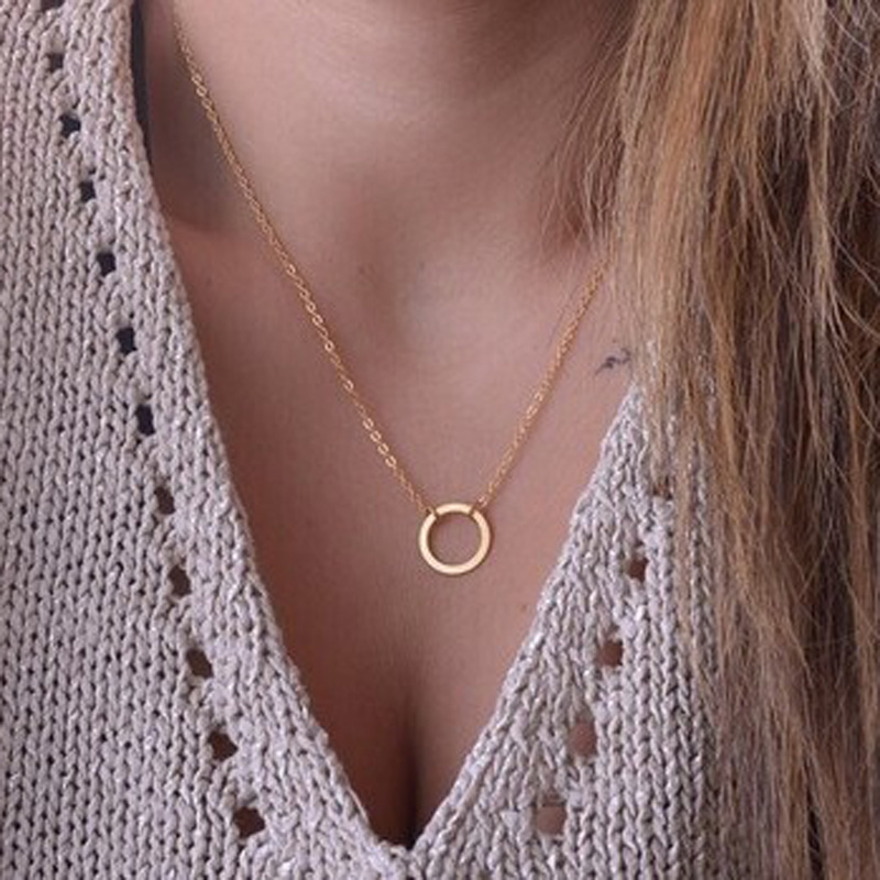 The European and American fashion contracted circle pendant lady's necklace