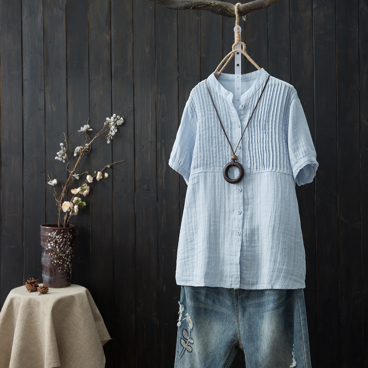 Vinage Female Summer Simple Literary Pleated Loose Short-sleeved shirt O-neck Tunic Top shirt Cotton Linen Shirt