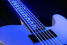 Cordes de guitare basse luminescentes DR K3 hi-def Neon White, lumière 40-100 ou moyenne 45-105 ou 5 cordes 45-125 - 2