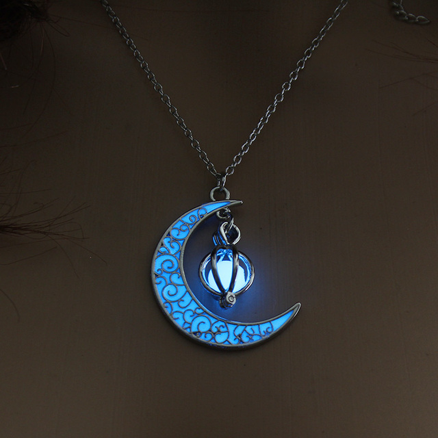 Islamic Crescent Moon Pendant Glowing In The Dark