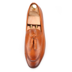 Image 3 - Piergitar Two colors men genuine leather shoes with leather tassel men handmade smoking slippers wedding and party men loafers