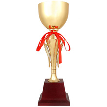 цена на Custom sports trophy hot sale Football trophy wholesale High quality metal basketball trophy medal trophies