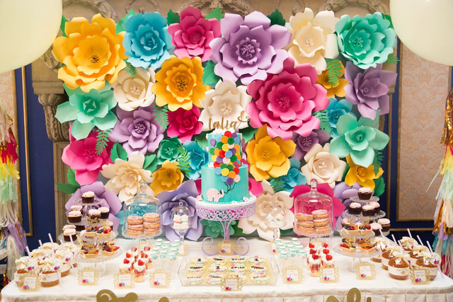 Us 179 98 35pcs Giant Paper Flowers And Lesf For Princess Birthday Party Decor Photo Booth Backdrop Background In Artificial Dried Flowers From