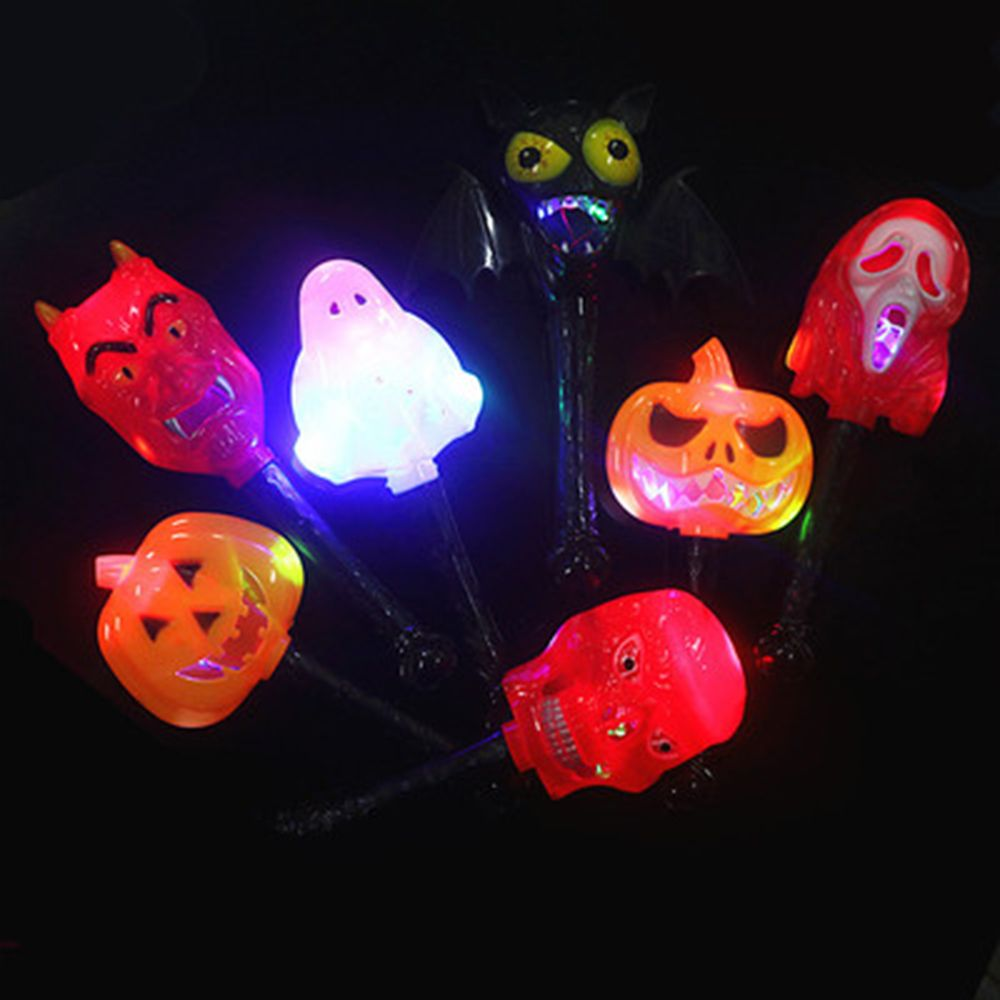 Light-up Toys 2019 Halloween Childrens Toys Pumpkin Ghost Skull Witch Magic Wand Horror Funny Glow Stick Light-up Toys Style Random