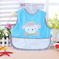 Envío gratis impermeable azul bebé baberos y Burp ropa para niños cuidado de la alimentación con impresión de los animales decoración