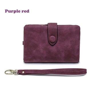 Γυναικείο πορτοφόλι με λουράκι